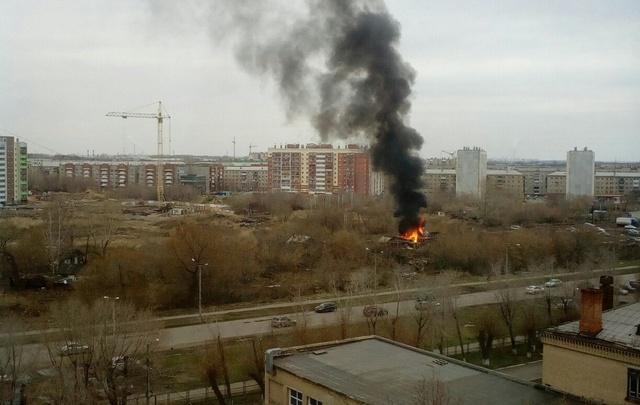 На спорной земле в центре Копейска сгорел частный дом