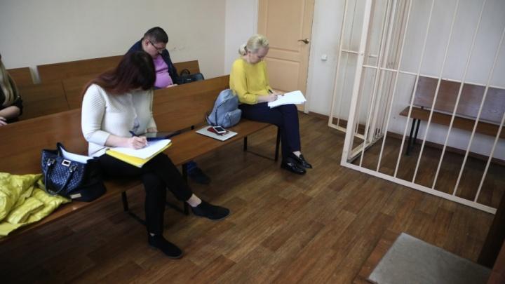 В Челябинске начался суд над адвокатами по делу о взятке в три миллиона следователю СК