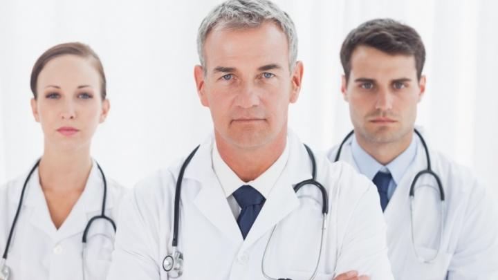 Пациент должен «голосовать ногами»: частные клиники хотят принимать горожан бесплатно