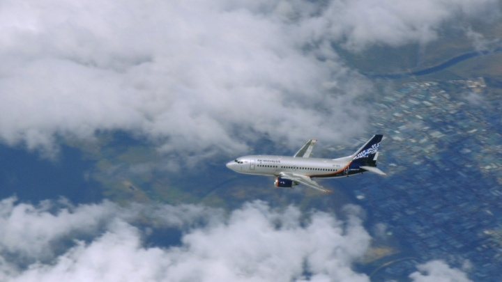 На крыльях долгов: в Архангельске подрядчик  потребовал у авиаперевозчика «Нордавиа» почти 60 млн рублей