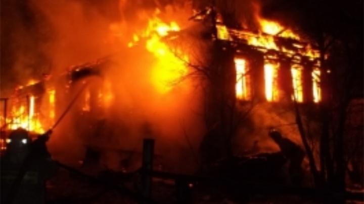 В Ярославской области сгорел частный дом — пострадал мужчина