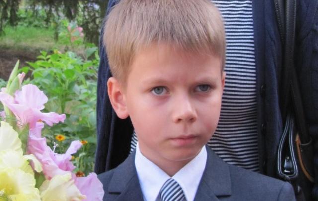 Большая перемена: врачи поставили на ноги мальчика, упавшего с третьего этажа в школе
