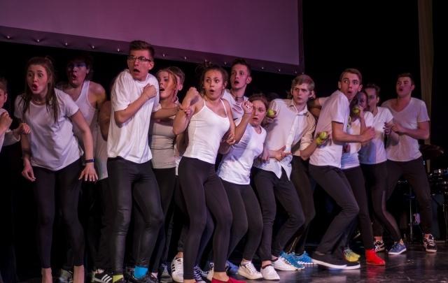 Поющая муза: как в Ростове чествовали победителей театрального конкурса «Мельпомена»