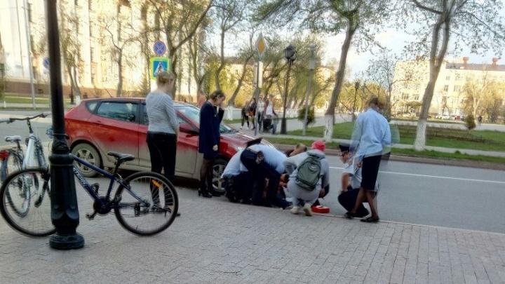 На улице Водопроводной иномарка сбила ребенка-велосипедиста