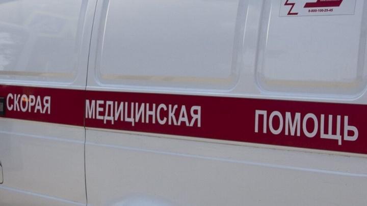 32-летний пассажир погиб в ДТП с двумя грузовиками в Ростовской области