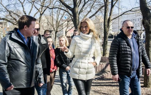 Виктория Лопырева показала английским журналистам Ростов