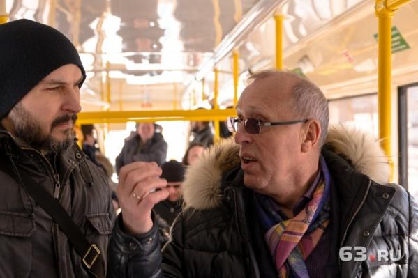 Первый вице-мэр стал одним из первых пассажиров трамвая