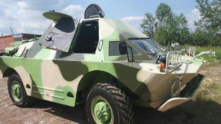 Прёт, как танк, ест, как «крузак»: на Южном Урале выставили на продажу бронемашину