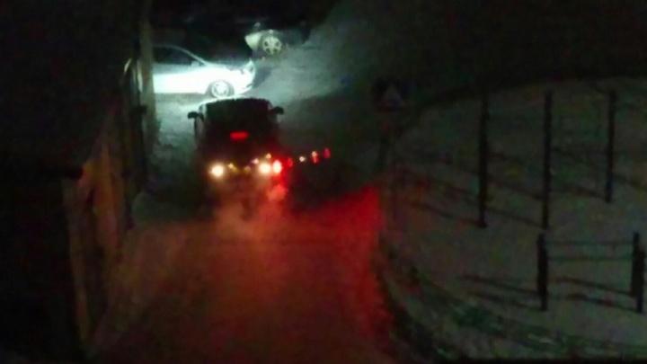 Автомобилистка, устроившая ночной концерт у домов на Широтной, заплатит административный штраф