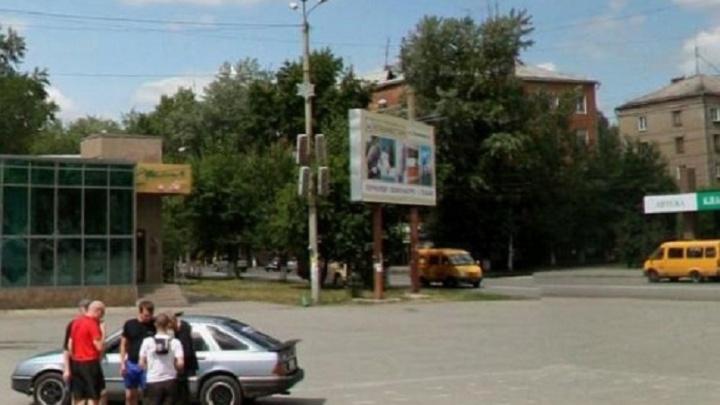 Два наезда за час: в Челябинске мусоровоз и иномарка сбили пешеходов