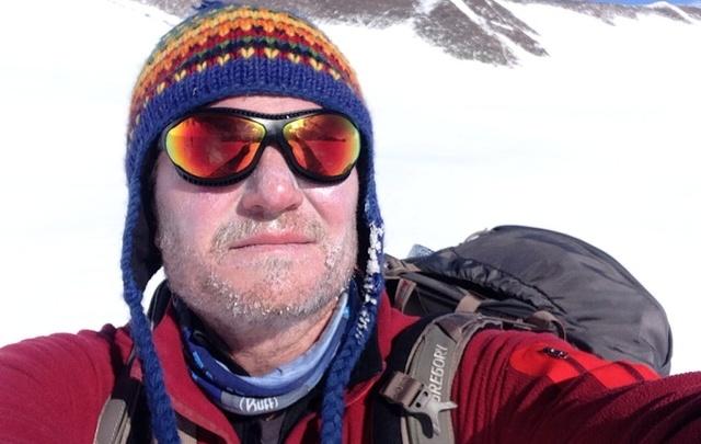 Олег Савченко наденет саваны на мертвых альпинистов Эвереста
