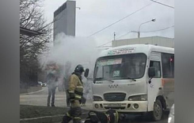 Горят маршрутки: в Ростове за один день вспыхнули два пассажирских микроавтобуса