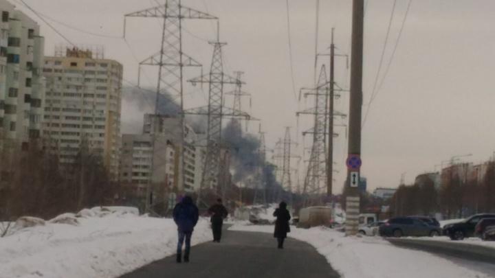 На радиоцентре у «Самара Арены» сгорел дотла двухэтажный частный дом
