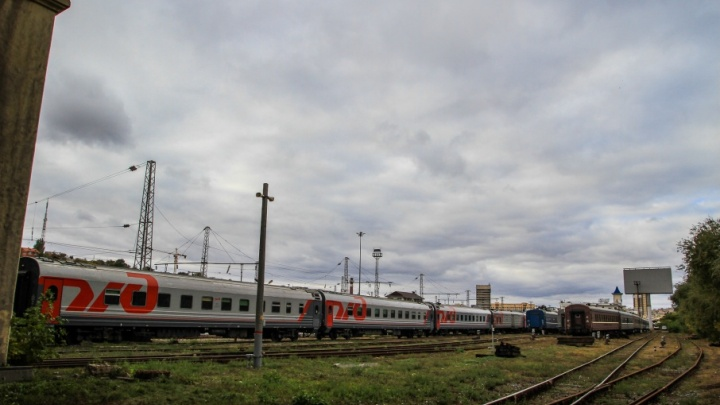 На Дону поезд сбил насмерть 61-летнюю женщину
