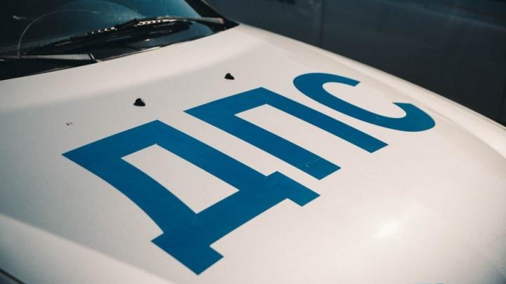 В Тюменской области пьяный водитель напал на инспектора ДПС