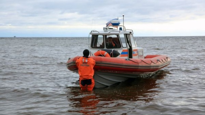 Штормовая погода оставила рыбаков без катера в Белом море