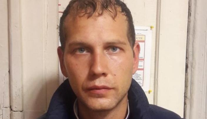 В Ростове задержали мужчину, ударившего старика из-за тысячи рублей