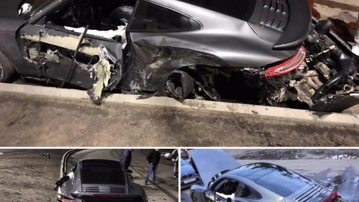 В ростовском салоне Porsche отказались менять спорткар, разбитый мастером-приемщиком