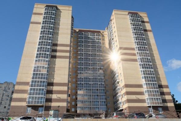 Строительство дома уже завершено, жильцы смогут заехать в сентябре