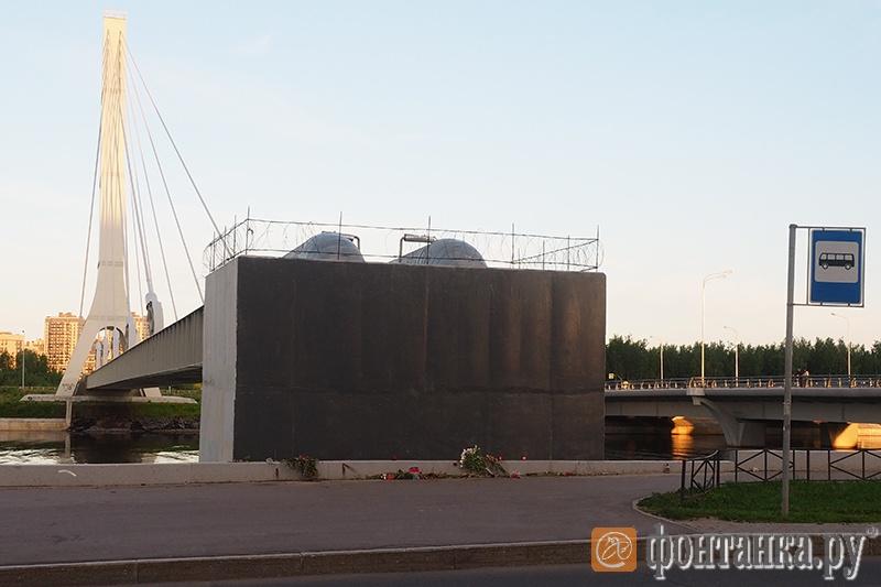 Закрашенное граффити с изображением полковника Буданова