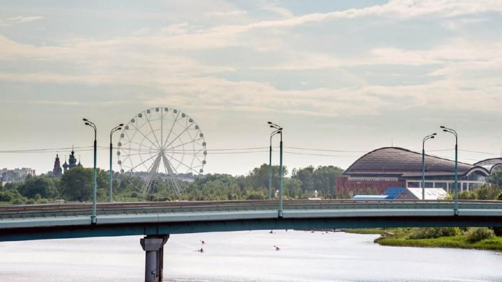 Огромное колесо обозрения в Ярославле сделают золотым и самым безопасным