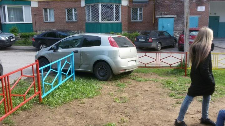 «Я паркуюсь как»: инвалиды на Porsche и сахарный мотоциклист