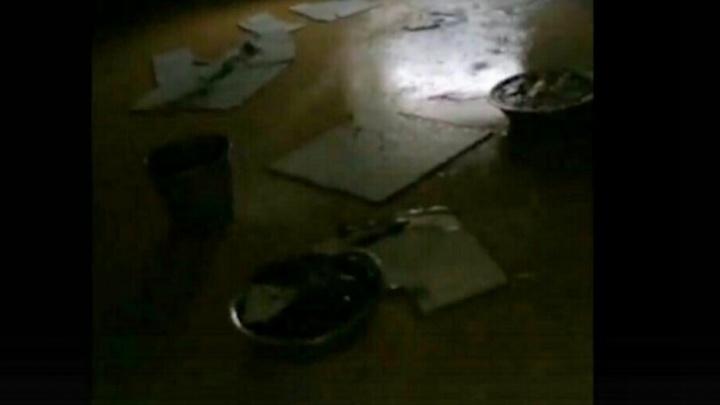 «Залило кипятком кабинет завучей»: в тюменской школе прорвало батарею