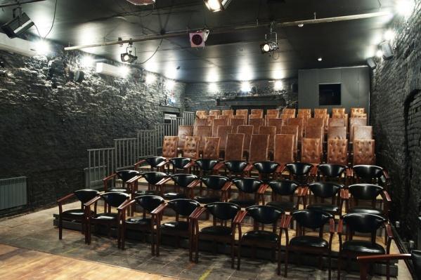 Зал «Театра 18+»