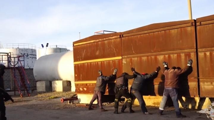 Раскололись сразу: на Южном Урале задержали группу, укравшую нефть на 60 млн руб