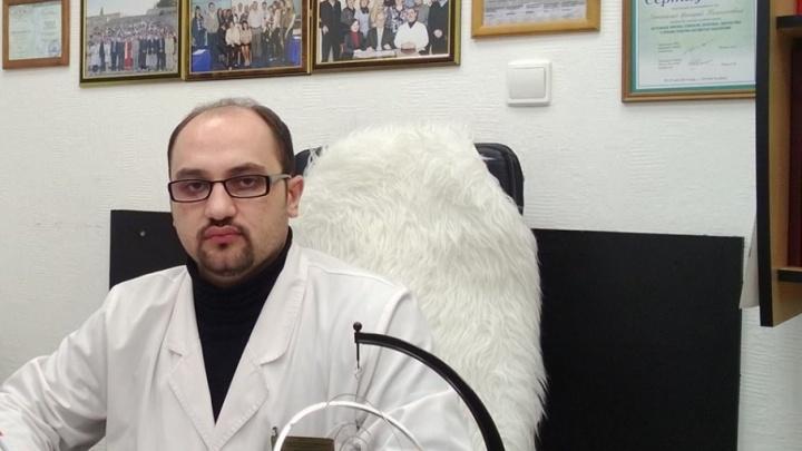 «Удар — я лечу в сторону»: в Ростове на известного психиатра напали с монтировкой