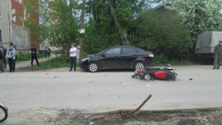 В Березниках в аварии разбился 15-летний скутерист