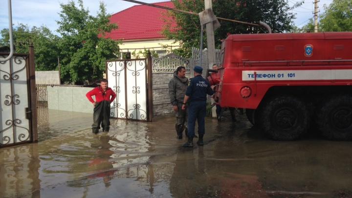 Донские спасатели отправились помочь затопленным жителям Ставрополья