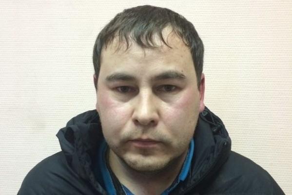 32-летний тюменец работал водителем