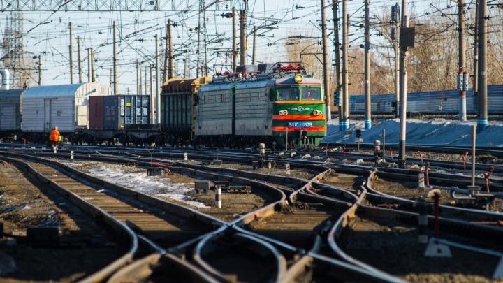 Под Екатеринбургом поезд насмерть сбил мужчину