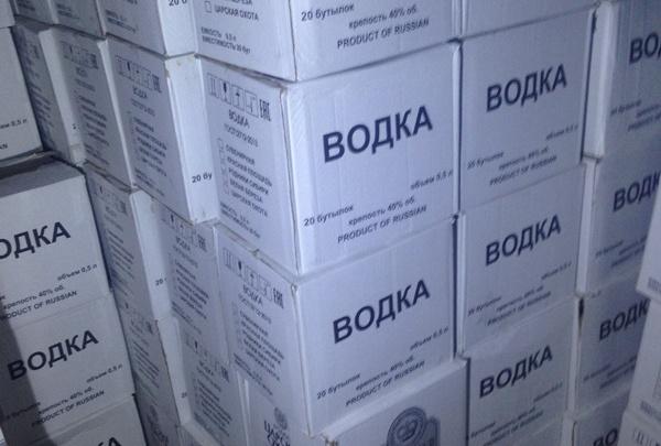 Тюменец пойдет под суд за хранение 20 тысяч бутылок контрафактного алкоголя