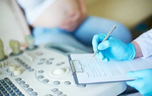 Южноуральские врачи учились мерам профилактики передачи ВИЧ от матери ребенку