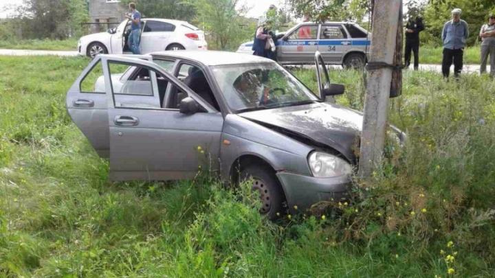 В Самарской области мужчине стало плохо за рулем: машина улетела в кювет