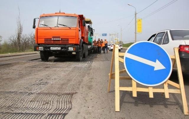 В Волгограде в этом году обещают привести в порядок сто километров дорог
