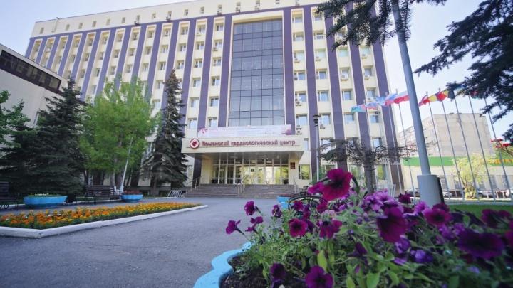 Без ошибок и сбоев: лабораторию Тюменского кардиоцентра оценили на международном уровне