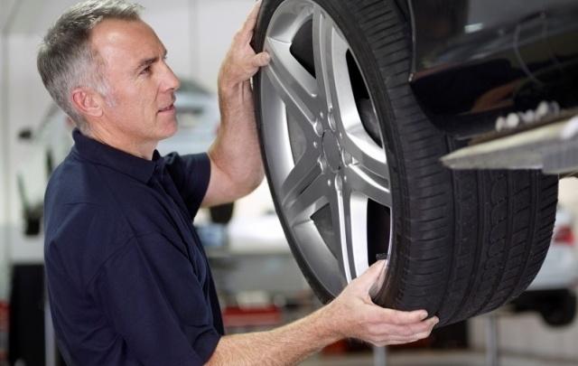 Как выбрать качественные шины и литые диски для любимой машины