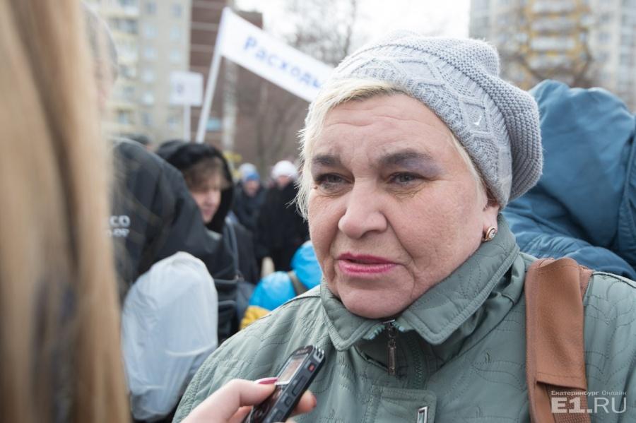 Медработник автобусного предприятия № 2 Марина Чиванова пришла на митинг,несмотря на больничный.
