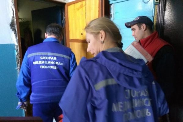 Медики и спасатели приехали по нужному адресу практически одновременно