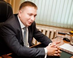 Сергей Белоглазов, генеральный директор компании ПСК «Блок»: «Сегодня на рынке нет технологии, которая бы превосходила натяжные потолки по степени удобства и практичности»