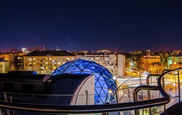 Музеи, театры и магазины Ярославля на час выключат свет