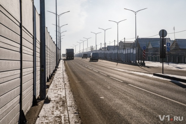 Кромешная тьма на шоссе Авиаторов уже не раз приводила к страшным авариям