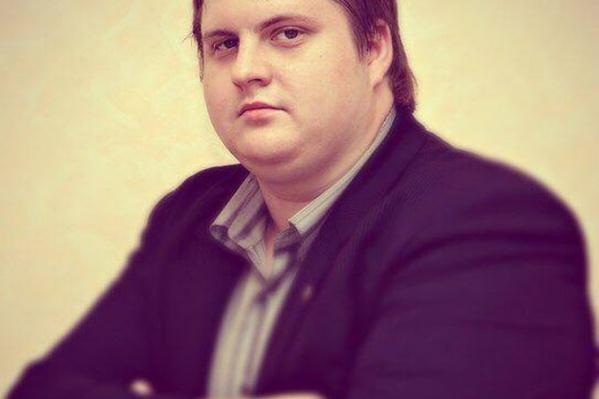 Алексей Волков называет происходящее «цирком»