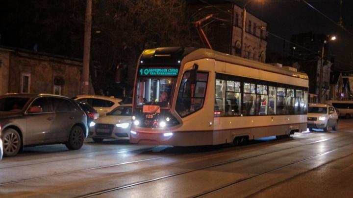 В новогоднюю ночь ростовский транспорт изменит схему своего движения