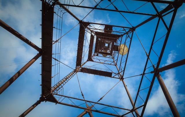В одном из районов Перми остановили строительство вышки сотовой связи из-за жалоб жителей