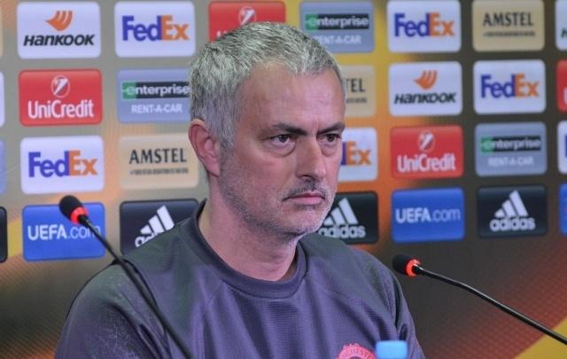 Главный тренер «Манчестер Юнайтед» похвалил Полоза и Бухарова