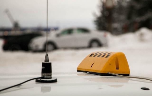 Честный или частный извоз: налажена ли в Поморье система работы в такси
